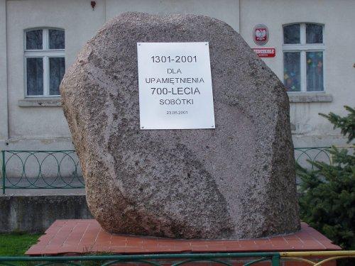 - 700_lecie_sobotki.jpg
